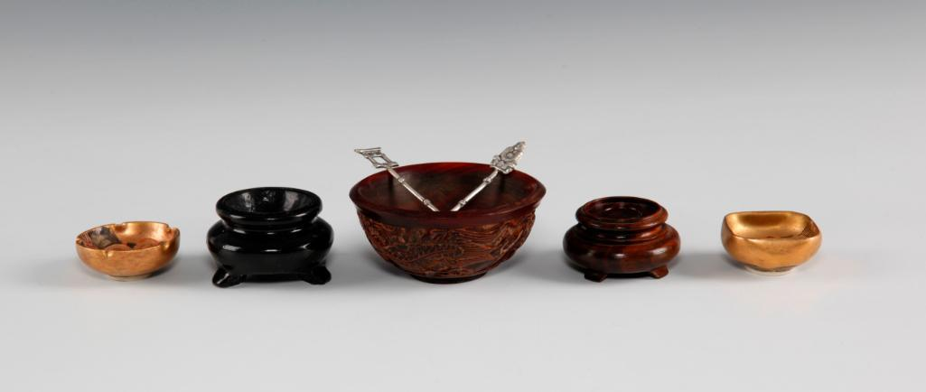 ANTIQUE CHINESE MINIATURE BOWLS CARVED WOOD